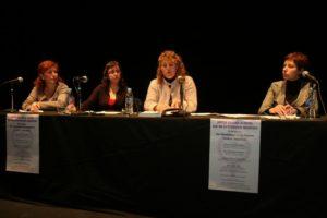 «Para salir de la crisis es necesario contar también con las mujeres»