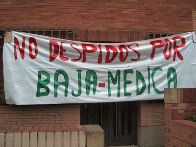 Este cartel está colgado en el edificio de Telefonica del Paseo Valldaura de Barcelona
