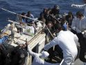 Unidades europeas y de la OTAN dejan morir a inmigrantes africanos que huían de Libia en una embarcación