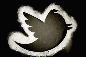 FBI en busca de aplicación para vigilar medios sociales. Twitter censurará tuits según el país
