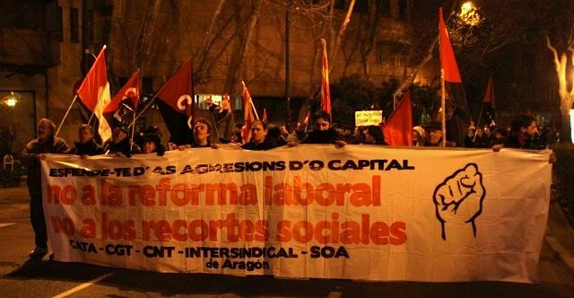 Más de tres mil manifiestantes en Zaragoza contra los Recortes y la Reforma Laboral