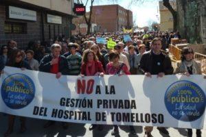 MIles de personas exigen en Tomelloso que el Hospital siga siendo público