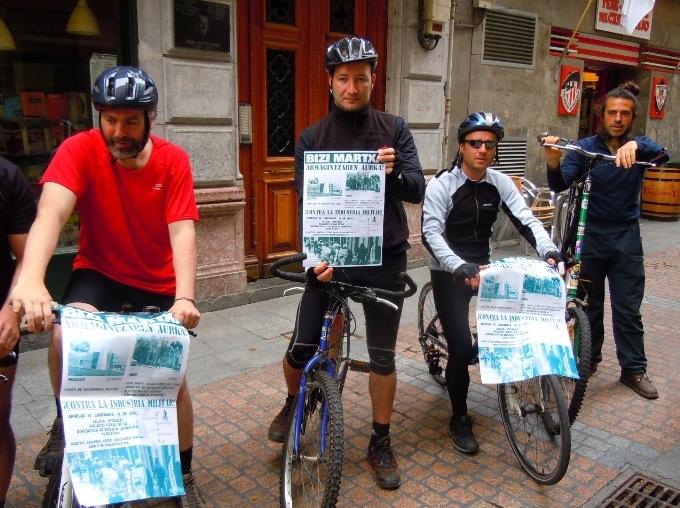 5º Marcha ciclista contra la Industria y el Gasto Militar en Bilbao