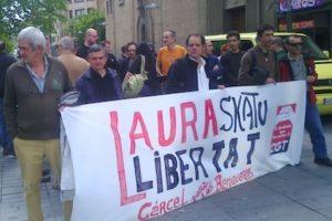 Concentración y entrega de carta en Iruñea por la libertad de Laura Gómez