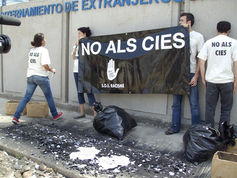 14-16D: Jornades sobre los Centros de Internamiento de Extranjeros y la política migratoria