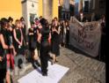 Homenaje a mujeres represaliadas ante la tumba de Queipo de Llano