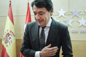 La Marea Blanca denuncia que Ignacio González se gasta el dinero de la Sanidad en apoyar Madrid 2020