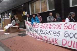 Movilización ante el aumento de los desahucios y los recortes en Barakaldo