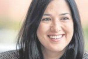 """""""Con los recortes se está redescubriendo el valor de la educación"""" Entrevista a Cruz Díez. Profesora de inglés en Secundaria"""