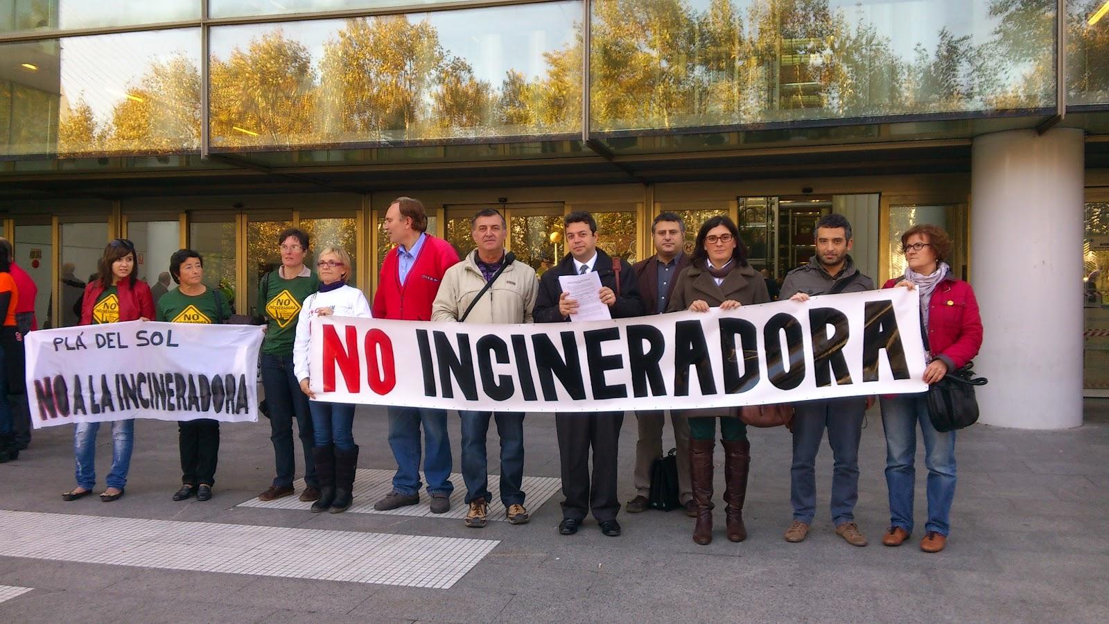 Colectivos ciudadanos de l'Alcora exigen a Salud Pública control sanitario en Reyval