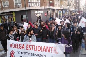 Los estudiantes de Ciudad Real irán a la huelga indefinida si el Ministerio no da marcha atrás