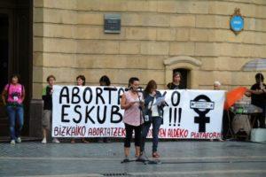 [Fotos y vídeo] Manifestación en Bilbao por la despenalización del aborto