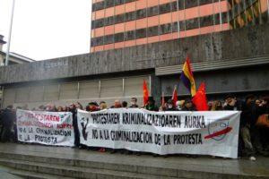 [Fotos] Concentración celebrada en Bilbao contra la LEY MORDAZA