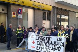 [Fotos] Nuevas movilizaciones de la plantilla de Correos en Castelló