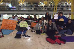 Más apoyos a Hassanna Aalia y los huelguistas en Barajas ante el silencio de Interior