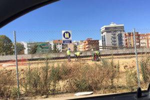 CGT denuncia a las constructoras de la nueva estación de trenes de Huelva por emplear trabajadores a las cinco de la tarde en verano
