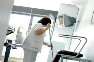 Despidos a go-go en el servicio de limpieza del Hospital Regional Universitario de Málaga (Materno, Carlos Haya y Hospital Civil)