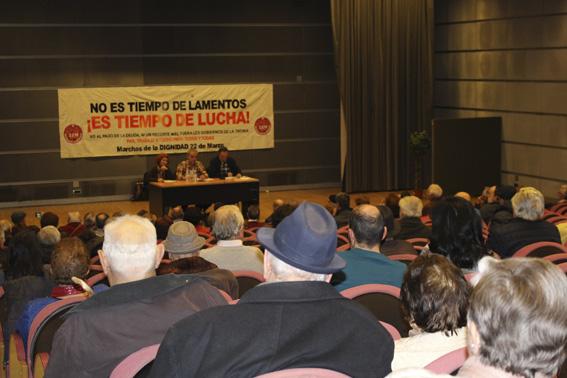 [Crónica y fotos] Charla informativa de las Marchas de la Dignidad sobre Pensiones en León