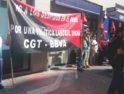 Concentración frente a la oficina del BBVA para denunciar el despido de una trabajadora