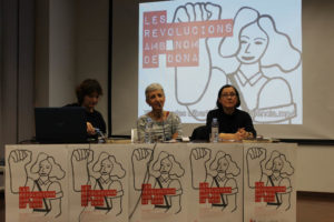 [Fotos] La primera de las charlas de las XIX Jornadas Libertarias descubre las mujeres que impulsaron las revoluciones entre 1789 y 1917