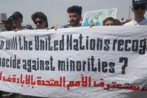 La población yazidí conmemora los 4 años del genocidio en campos de refugiados donde esperan soluciones que no llegan
