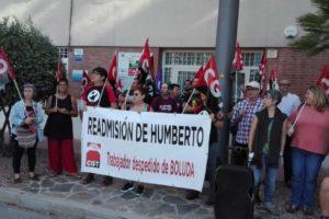 [Fotos] La CGT exige al Grao de Castelló la readmisión de Humberto, trabajador despedido por Boluda