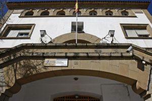 Concentracion en el CIE La Piñera, Algeciras: No al gasto de 35 millones en el CIE