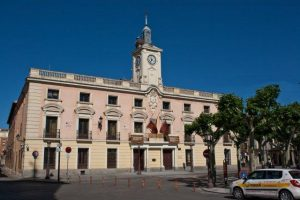 El Ayuntamiento de Alcalá sigue expedientando, esta vez también al delegado de prevención, además de a dos trabajadoras, por exigir seguridad laboral