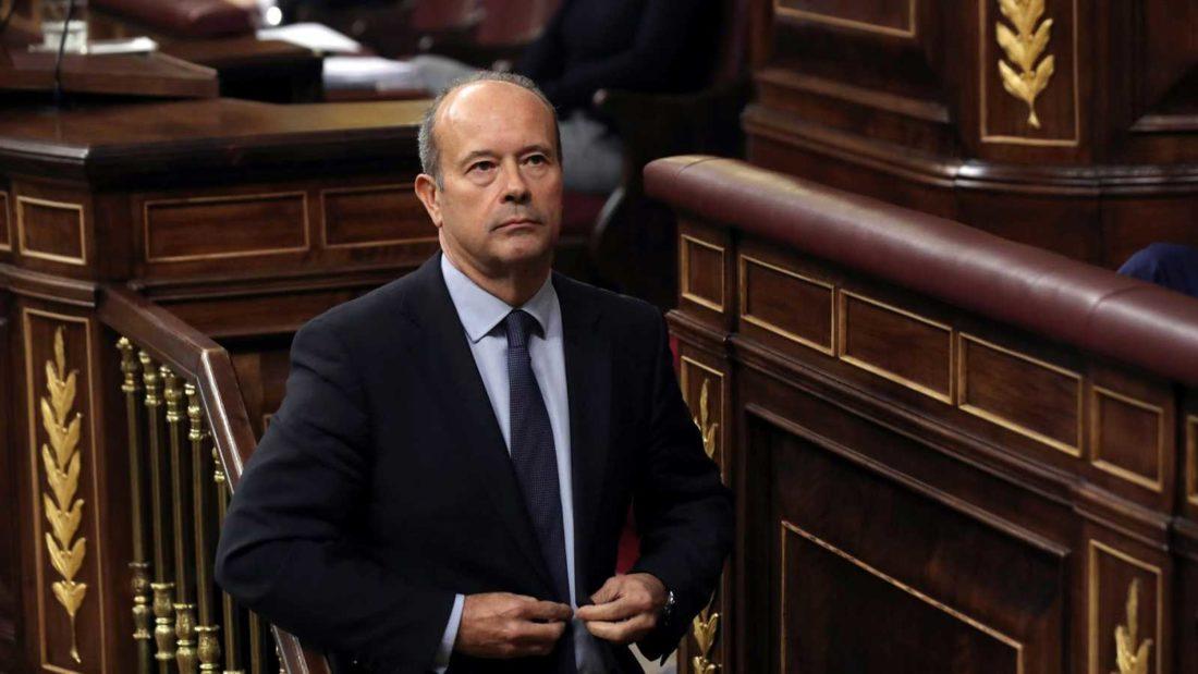 El ministre de Justícia, JUAN CARLOS CAMPO, pretén que els treballadors de l'Administració de Justícia ENS SALTEM LA LLEI