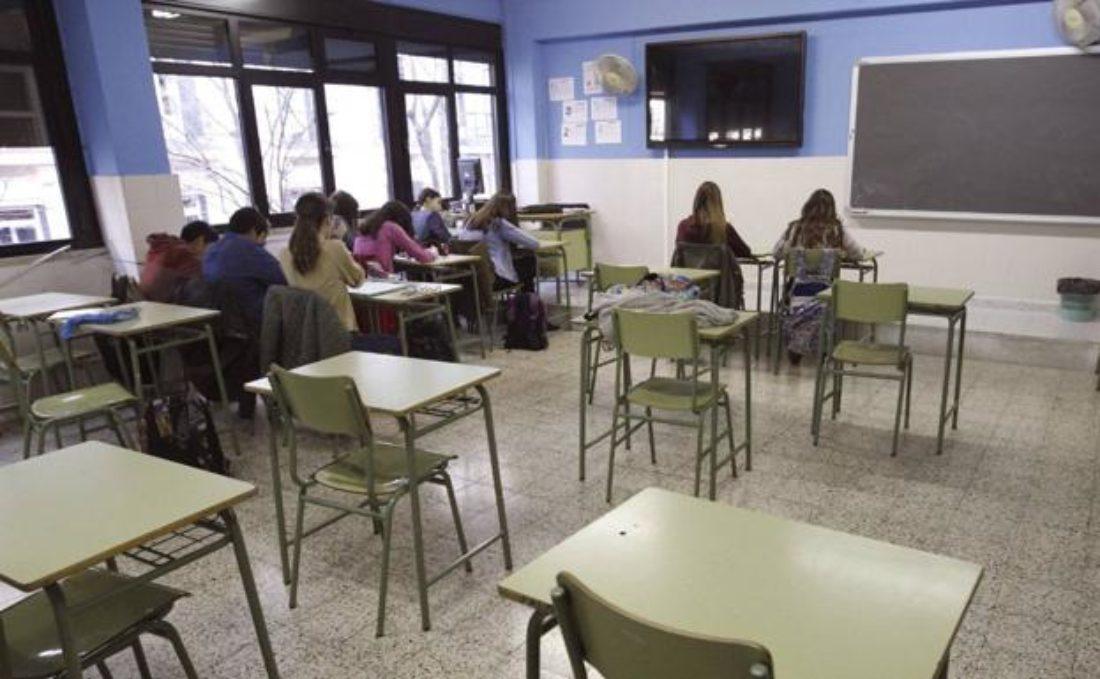 Más de 15 colectivos andaluces en la Educación Pública se unen para exigir mínimos en la vuelta a las aulas y el final de curso