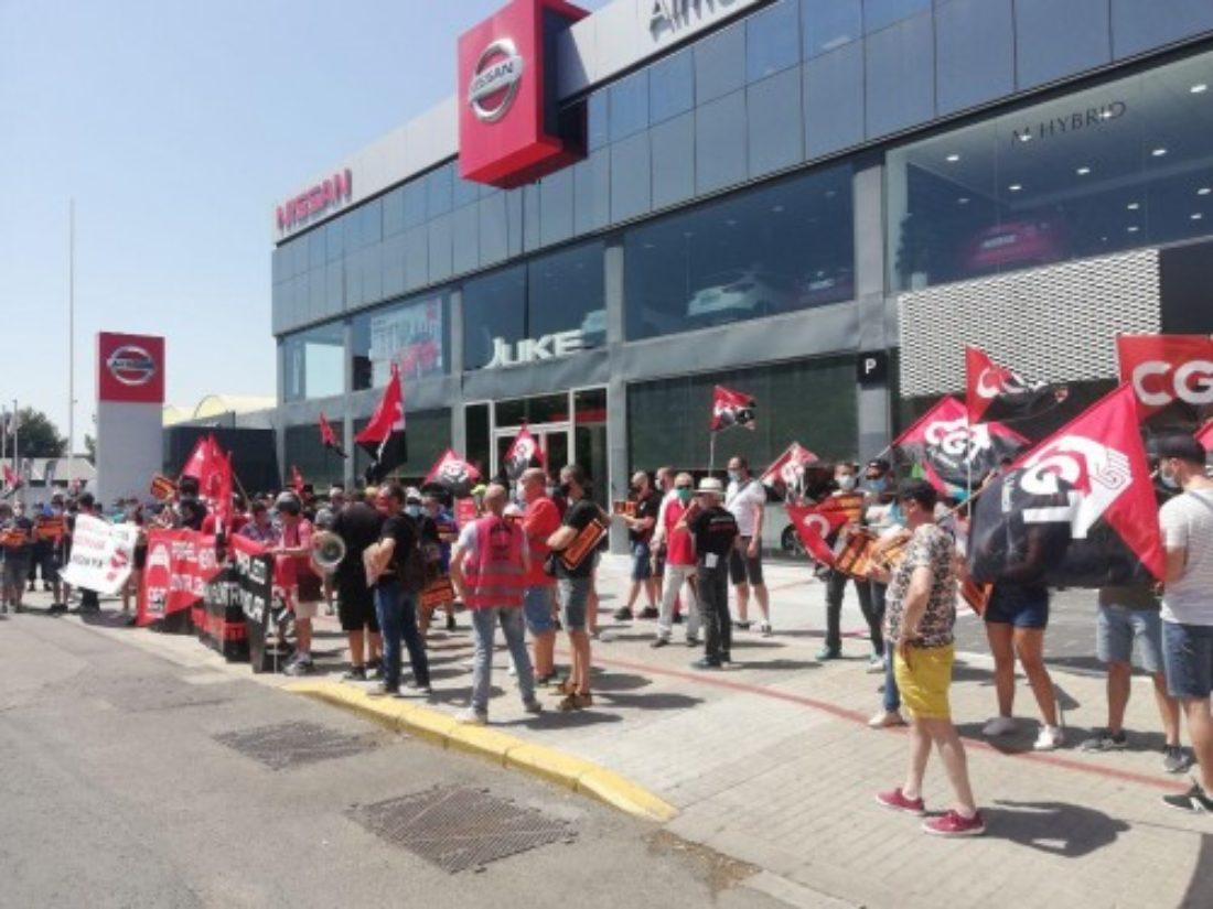 CGT se moviliza en más de 20 ciudades del Estado español contra el cierre de Nissan