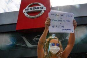Concentración en Pamplona contra el cierre de Nissan