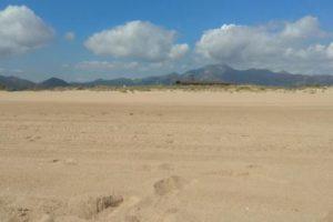 CGT-PV denuncia usos prohibidos en la playa de Xeraco autorizados por el Ayuntamiento con la conformidad de la Dirección General de Costas y la Conselleria de Agricultura