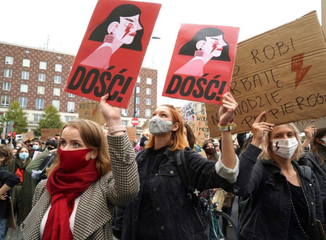 CGT apoya las manifestaciones en Polonia que claman por el derecho al aborto