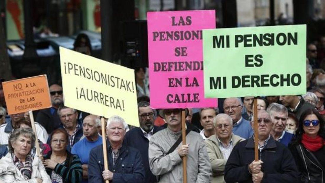 Valiente cobardía, quieren acabar con las pensiones
