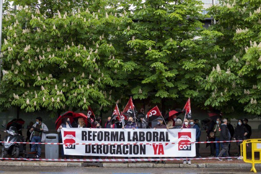 Concentraciones por la derogación de las Reformas Laborales - Imagen-37