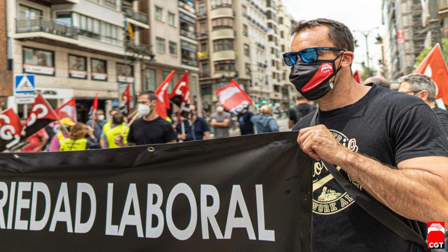 27-M: Manifestaciones por la derogación de las Reformas Laborales - Imagen-19