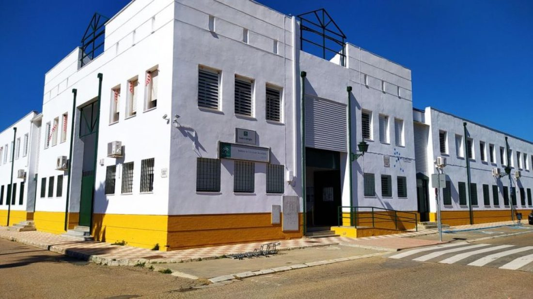 CGT muestra su apoyo a los dos docentes del IES Colonial de Fuente Palmera condenados