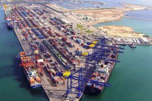 La plantilla de APMT València inicia movilizaciones contra la externalización