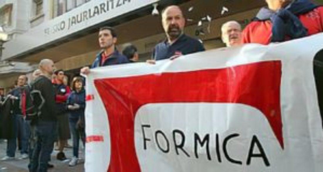 Los trabajadores y trabajadoras de FORMICA S.A. convocan huelga en la planta de Albal (Valencia)